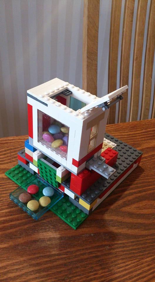 Lego kommimasin